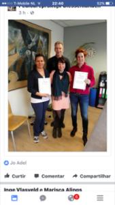 De trotse deelnemers met het behaalde certificaat!